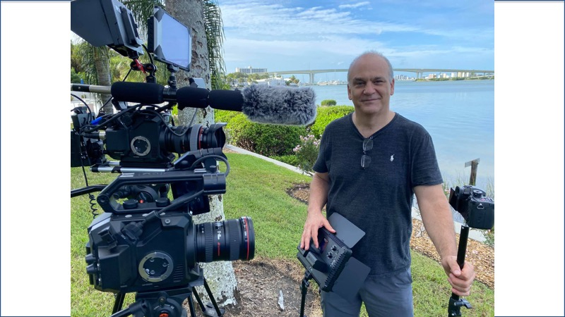 Videorapher Stephen Eckelberry with cameras