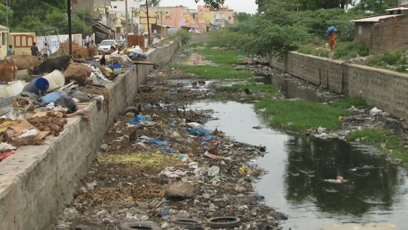 India has a lack of water infrastructure