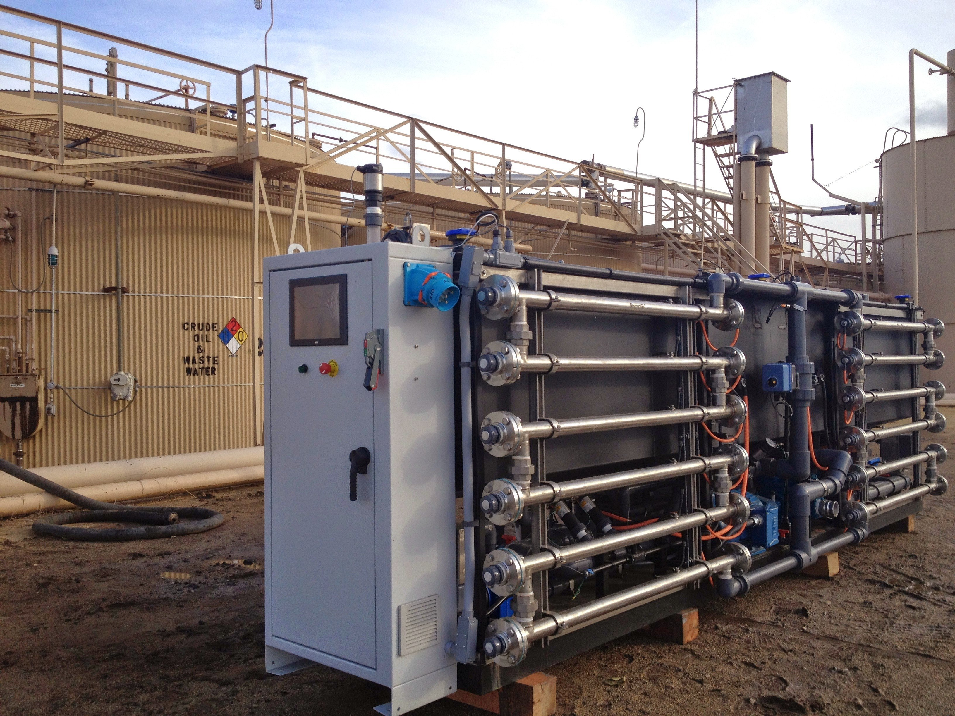 OriginClear's 3000 bpd EWS test unit at a produced water site in the Monterey Formation.